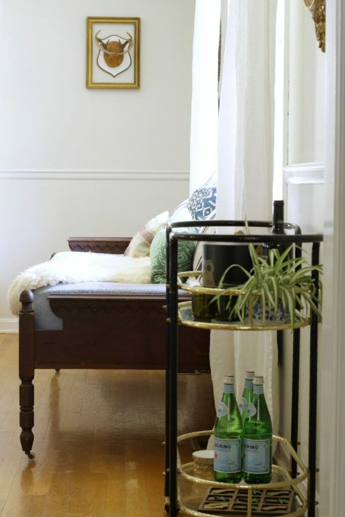 antique-daybed-in-dining-room-bar-cart