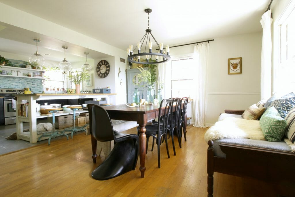 eclectic-dining-room-boho-modern
