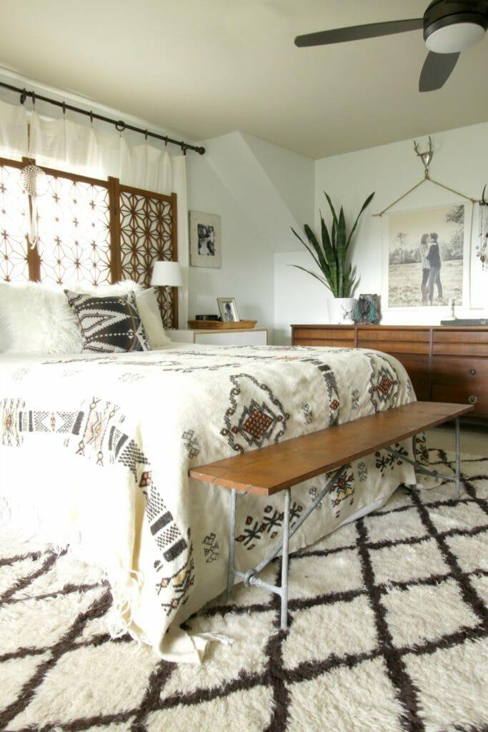 vintage-modern-bohemian-global-midcentury-bedroom