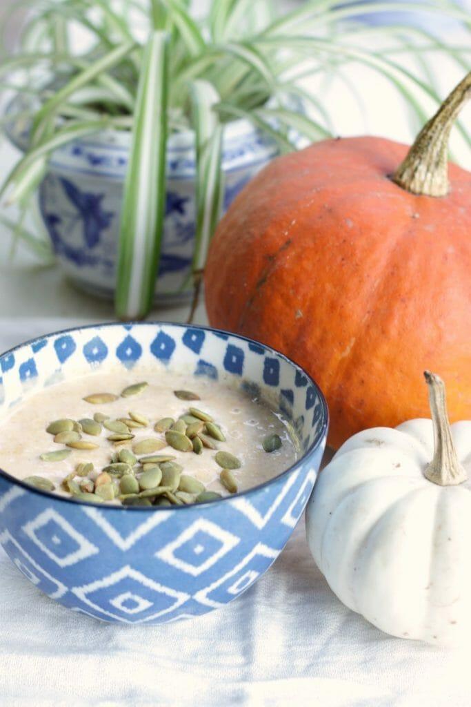 Healthy Pumpkin Pie Yogurt Smoothie