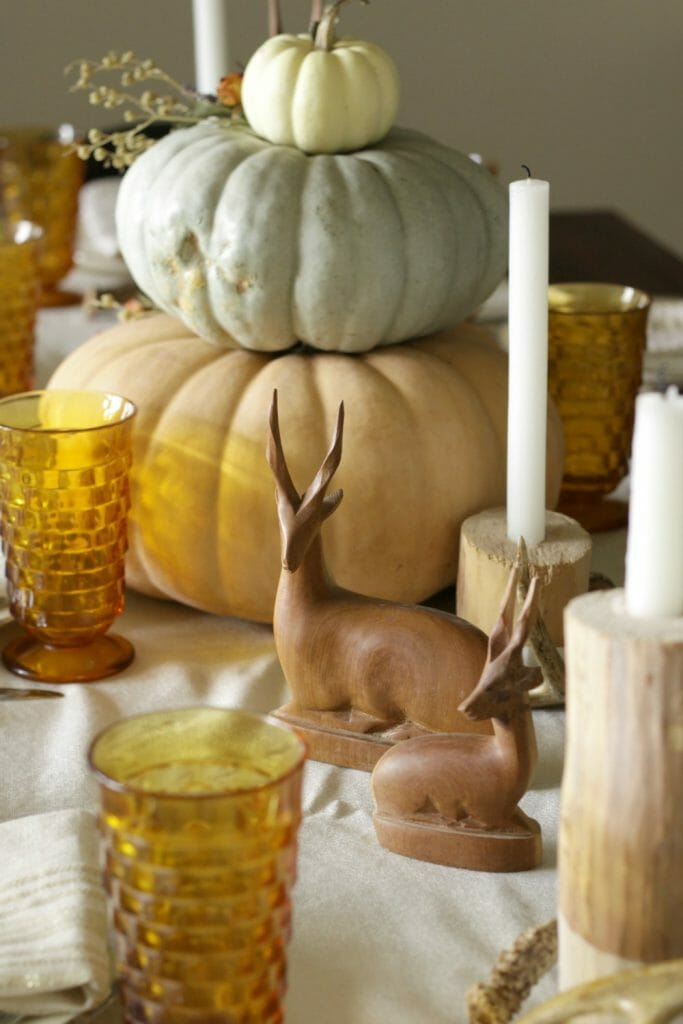 tiered-pumpkin-centerpiece-with-antelopes
