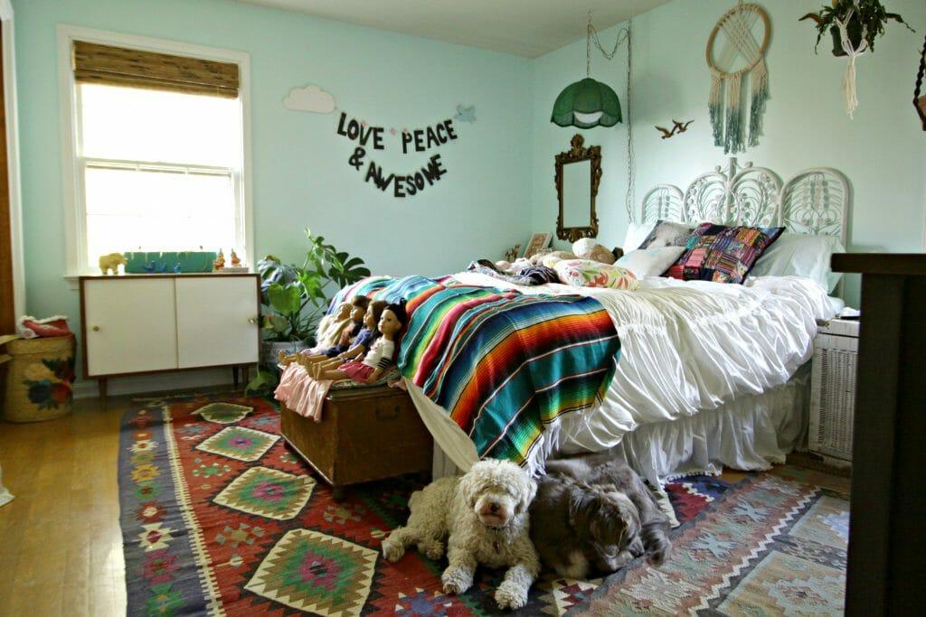 bohemian-tween-aqua-room-progress