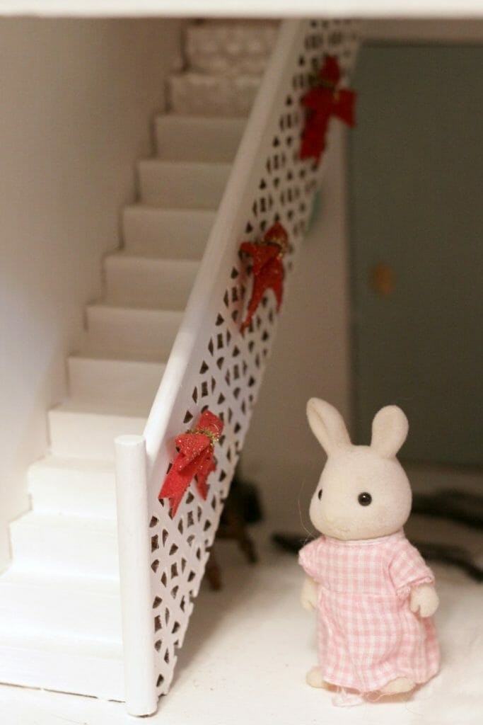 Dollhouse Christmas Staircase with Bows