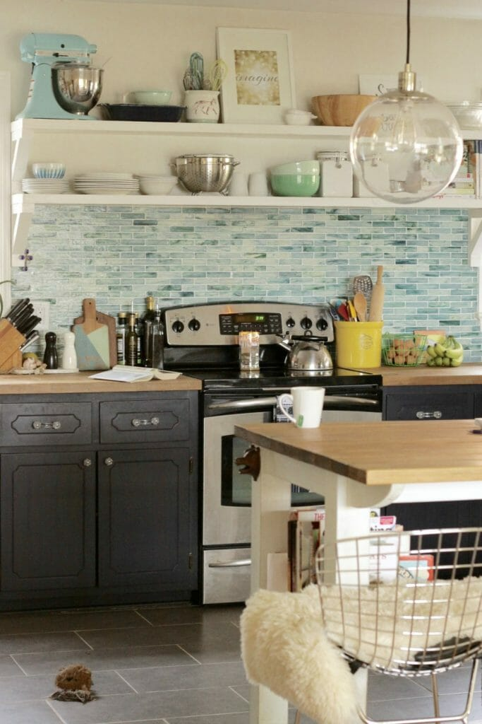 Aqua and Navy Kitchen Design