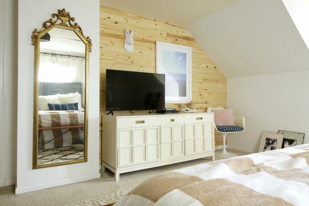 Jackalope Wall Mount in Modern Boho Bedroom