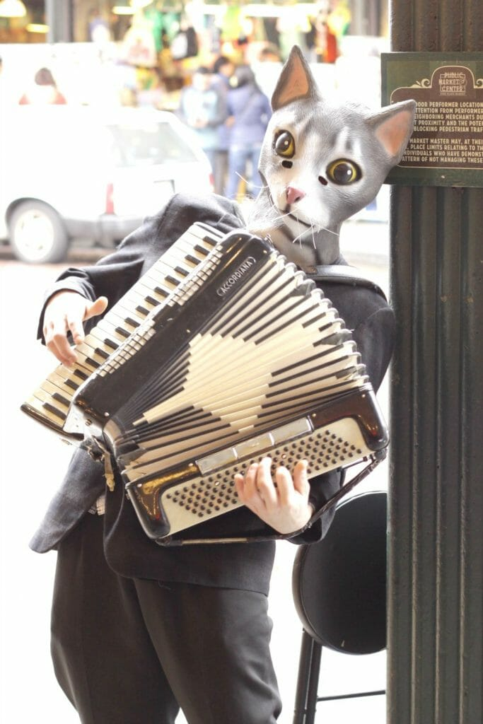 Pike Place Street Performer