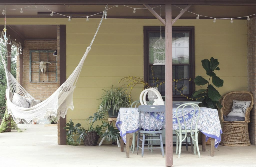 Boho Farmhouse Spring Porch in Blues and Greens