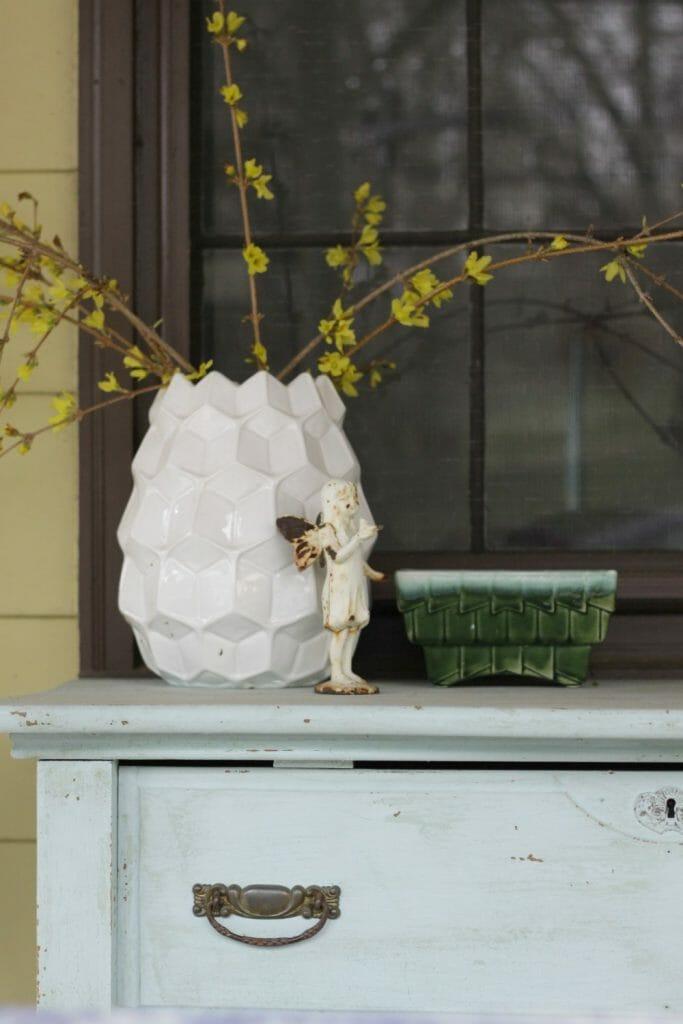 Vintage Modern Spring Porch Decor