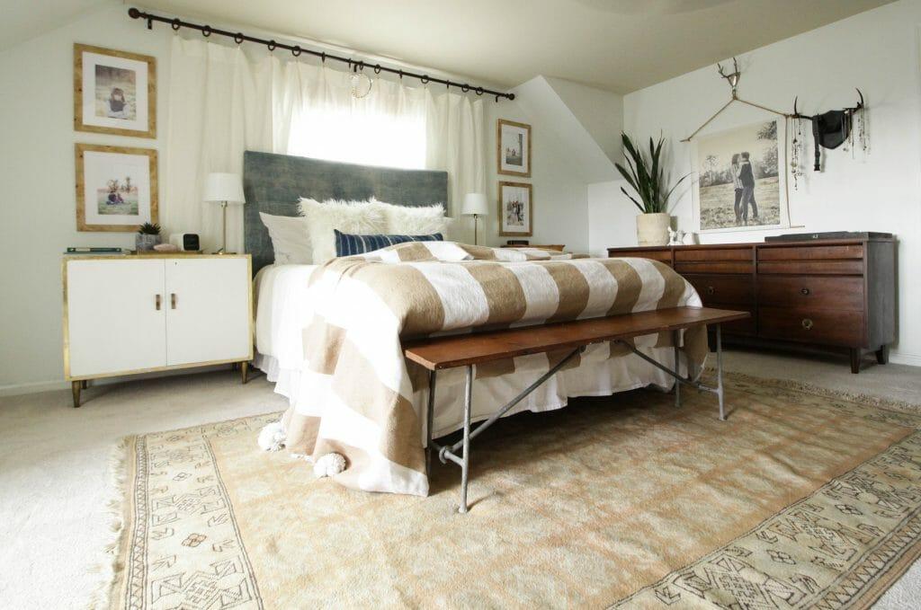 Vintage Rug in blush in modern bohemian bedroom