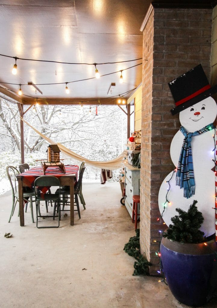 Vintage inspired Frosty Christmas Porch