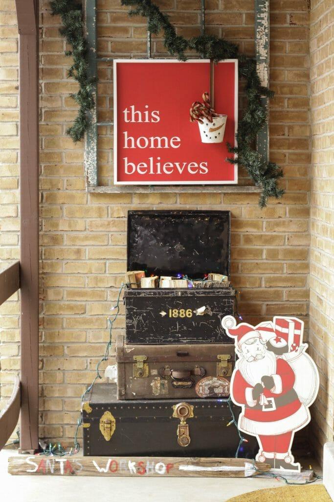 Santa inspired Christmas Entry