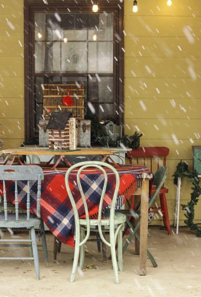 Vintage Plaid Christmas Porch- farmhouse style