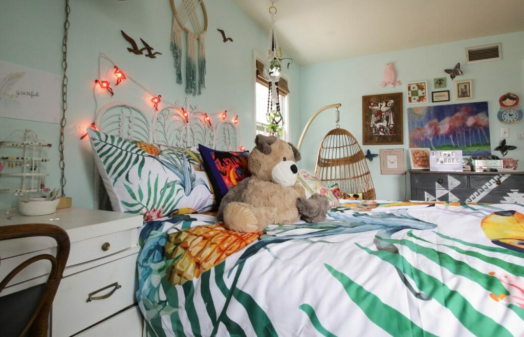 eclectic boho girl's room