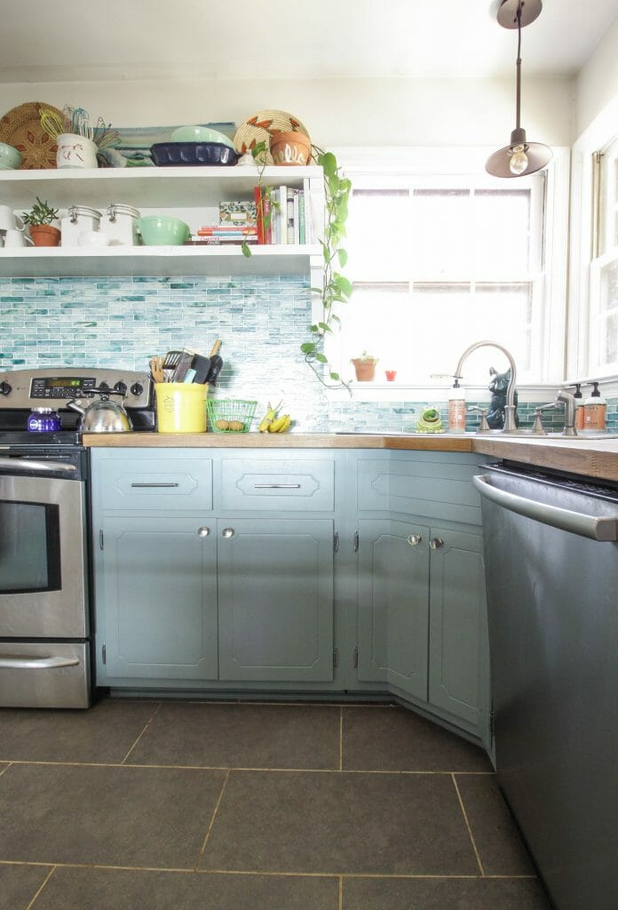 gorgeous farmhouse kitchen in aqua
