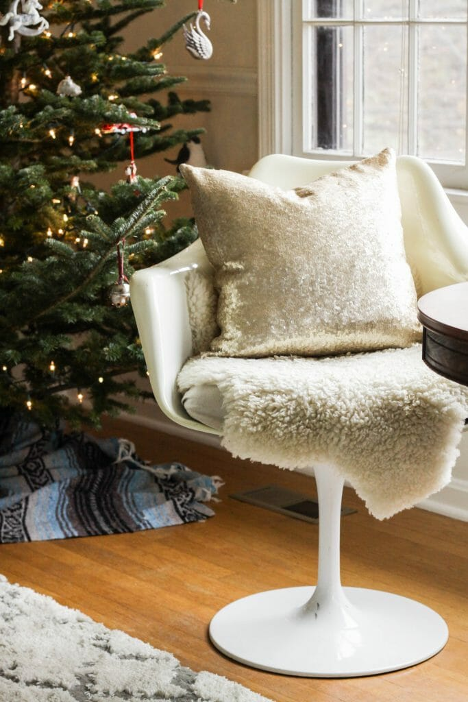 Vintage tulip chair in holiday style