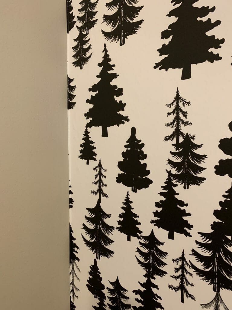 How to start hanging temporary wallpaper