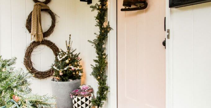 My First Holiday Housewalk Featuring Budget-Friendly Decorating Ideas (and MAJOR kitchen peeks!)