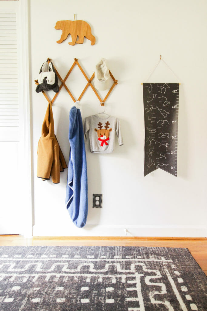simple kids christmas room touches
