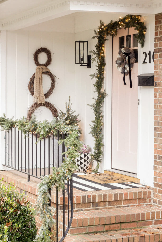 How to make a pom pom wreath for winter