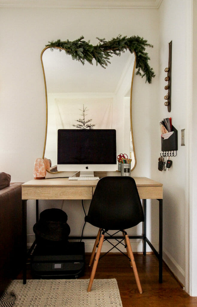 Home Office space with greenery