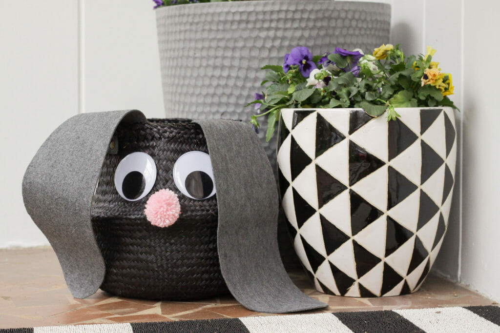 Googly eyed easter bunny basket tutorial