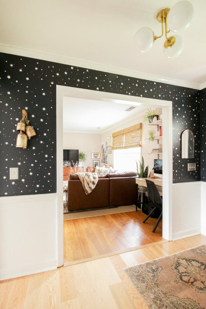 Stenciled Star walls in entry in black and white