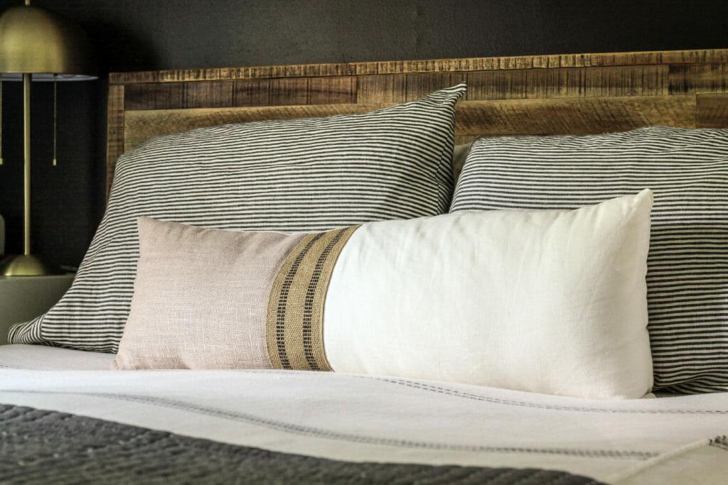 lunbar pillow