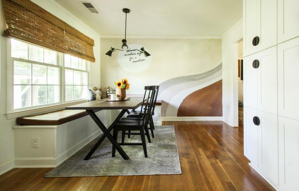 Modern Kitchen with eat in nook