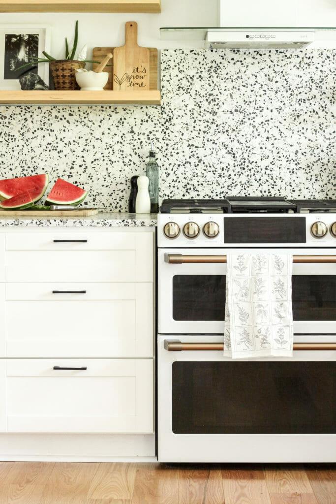 modern black and white summer kitchen