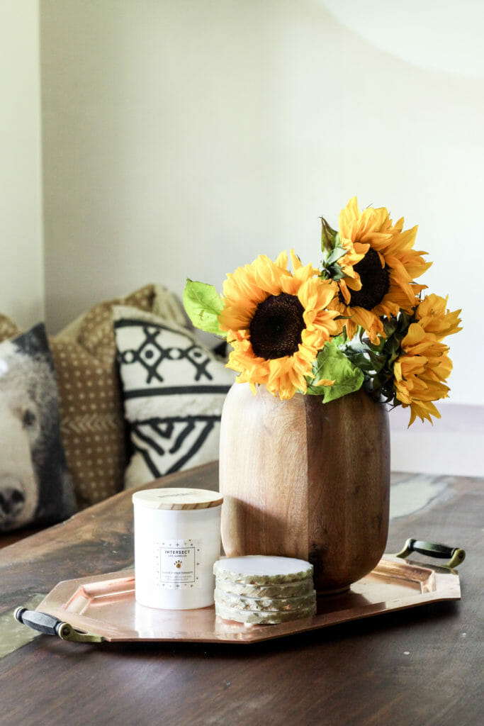 Simple Summer table
