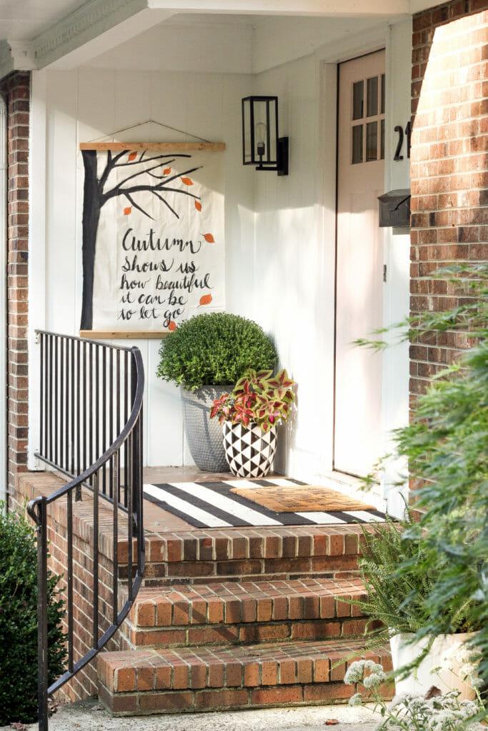 DIY Porch fall wall hanging