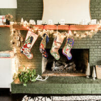My Green & White Christmas Mantel (and sentimental thoughts