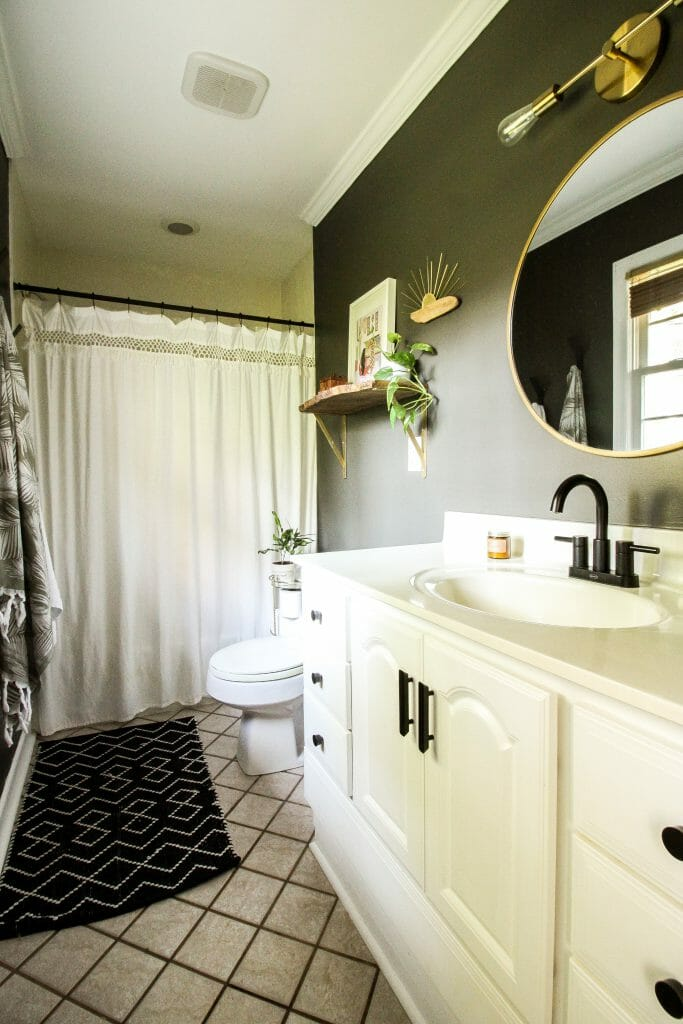 earthy gray bathroom