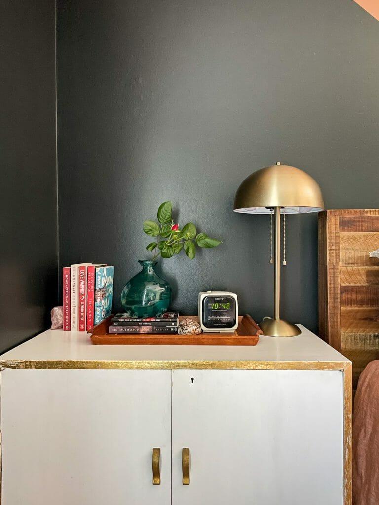 summer nightstand styling