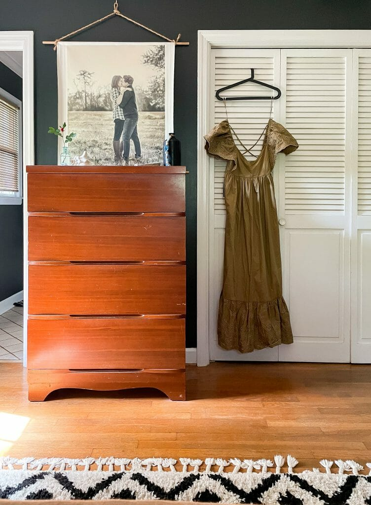 summer dresser styling