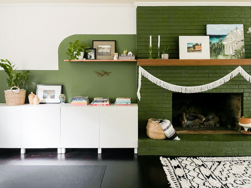 family room with color block in green